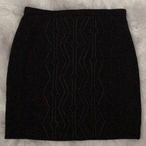 H&M Black mini skirt sz small back zip